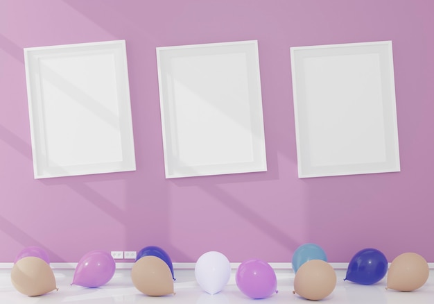 Trois maquette de cadre blanc vertical et quelques ballons sur le sol, mur rose,
