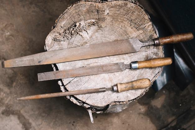 Trois toos de charpentier