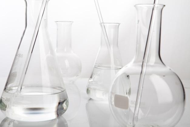 Tube de laboratoire pour le concept de chimie