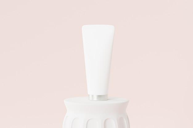Tube de lotion pour produits cosmétiques sur pilier