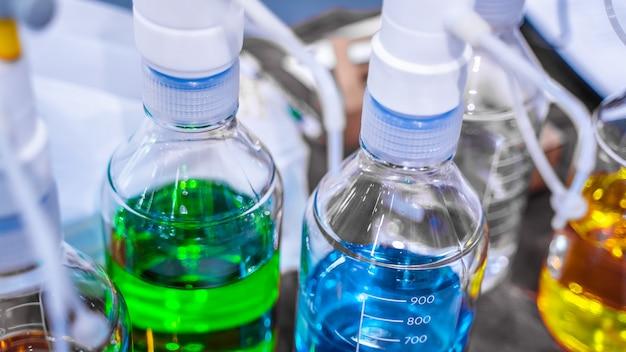 Tubes à essais en laboratoire