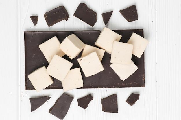 Tuile guimauve et chocolat