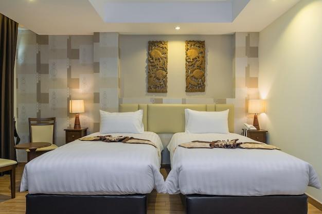 Le type de chambre deluxe pool side de l'hôtel suvarnabhumi ville