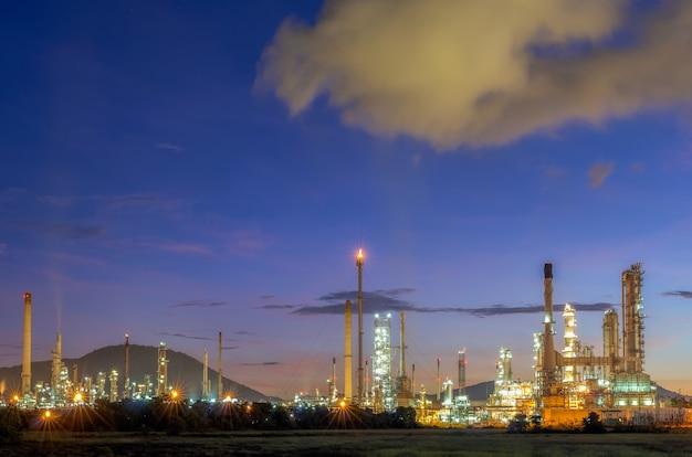 Usine de l'industrie du raffinage du pétrole