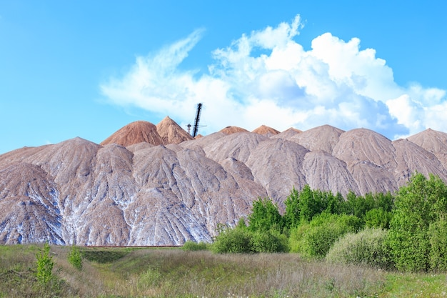 Usine de potasse des montagnes de soligorsk montagnes de potasse près de la ville de soligorsk