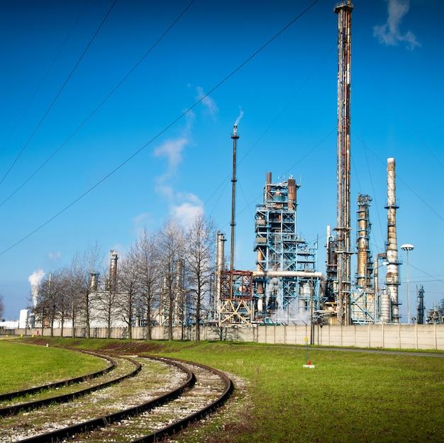 Usine de raffinage du pétrole