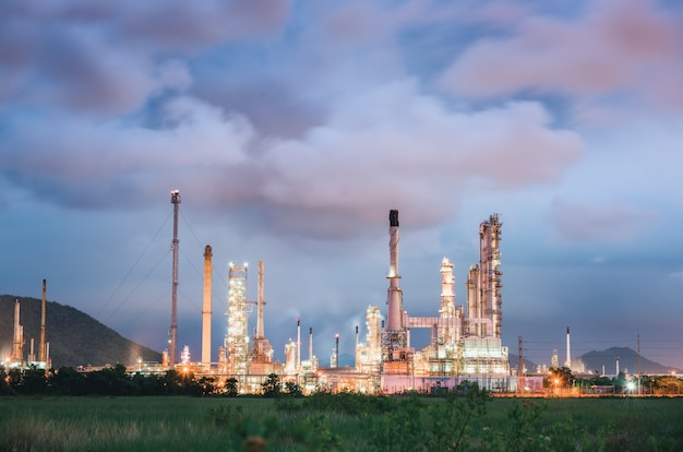 Usine de raffinage de pétrole brut et de gaz de fabrication pétrochimique