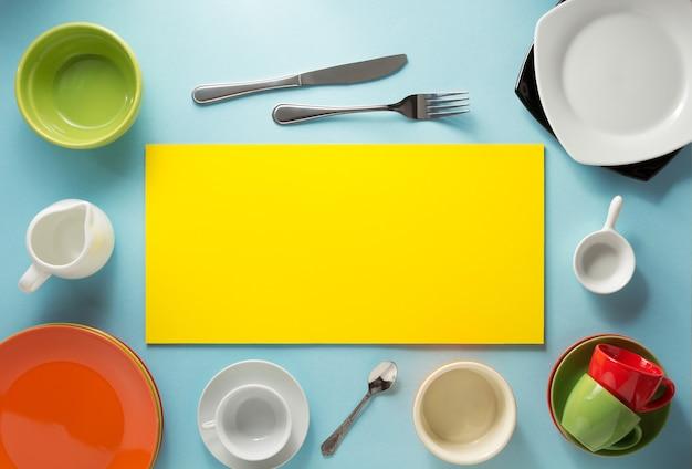 Ustensiles de cuisine à abstrait coloré