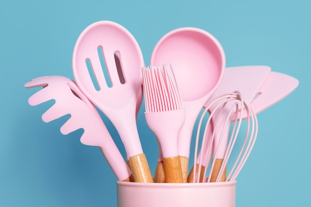 Ustensiles de cuisine rose
