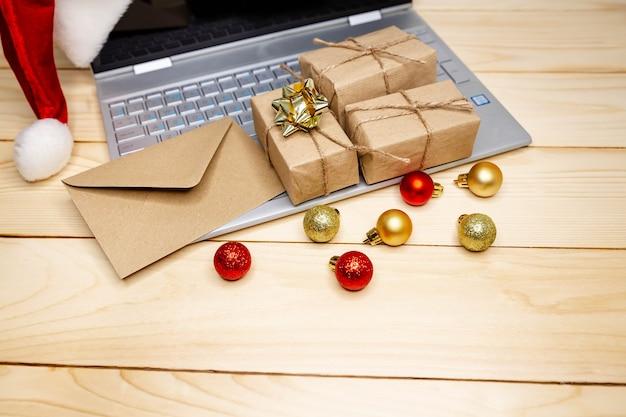 Utilisation de la carte de crédit pour la boutique internet. grande vente en vacances d'hiver