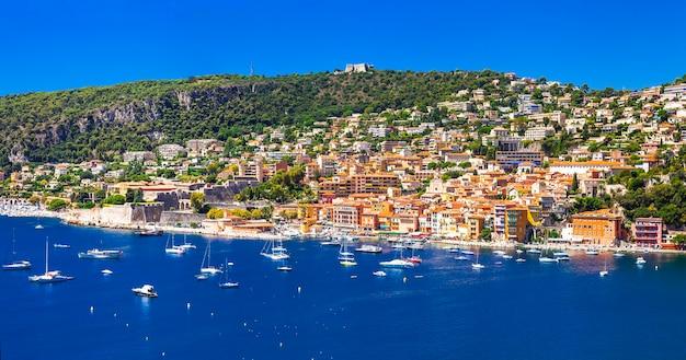 Vacances d'été dans le sud de la france. nice, célèbre côte d'azur