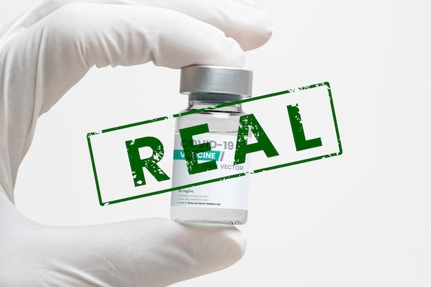 Vaccin covid-19 avec timbre `` réel ''