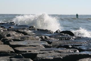 Vagues de l'océan, rocks, au maryland