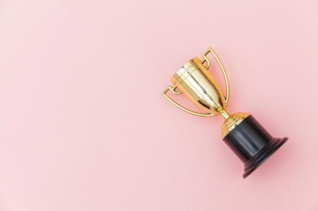 Vainqueur ou champion de la coupe du trophée d'or