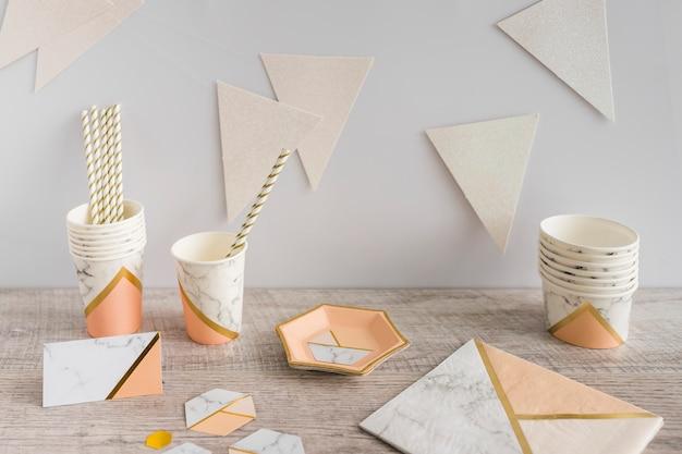 Vaisselle en papier anniversaire