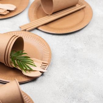Vaisselle en papier jetable écologique