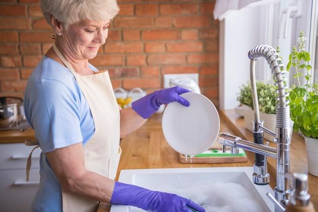 La vaisselle propre est la base
