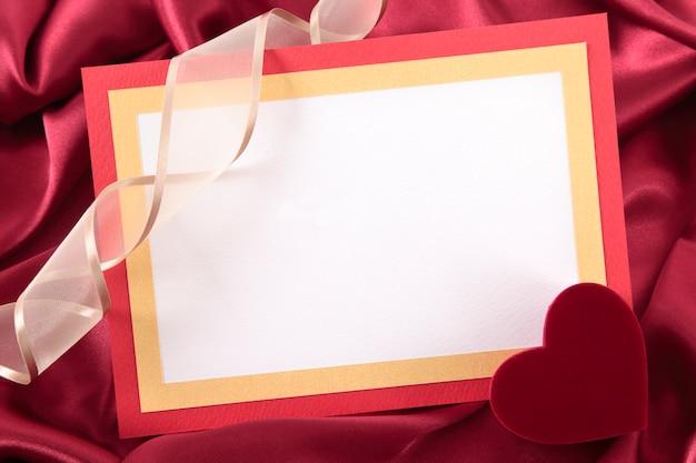 Valentine carte vierge avec boîte-cadeau