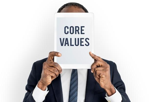 Les valeurs fondamentales du mot les jeunes