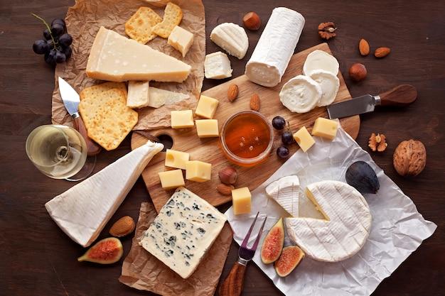 Variété de fromages différents
