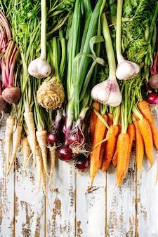 Variété de légumes racines