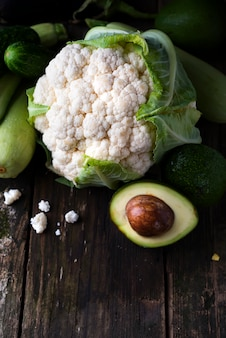 Variété de légumes verts