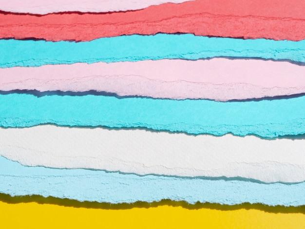 Variété de lignes de papier abstraites déchirées