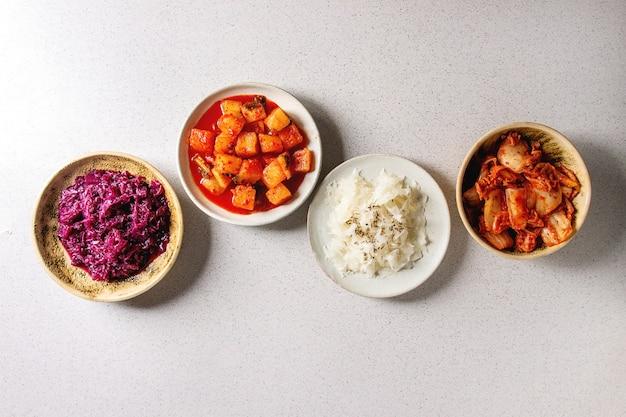 Variété de nourriture fermentée