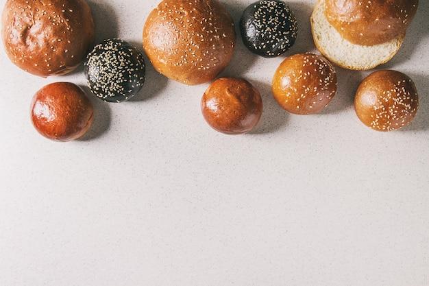 Variété de pains à burger