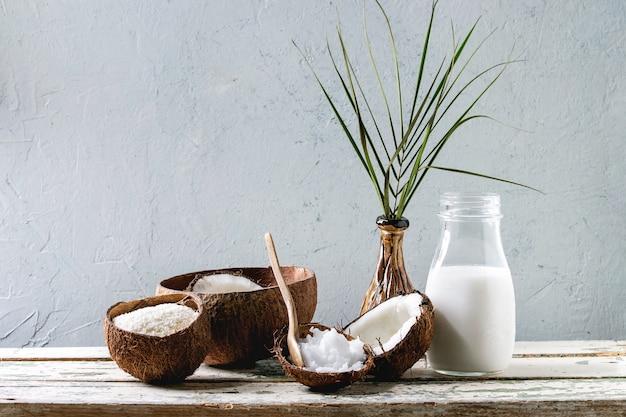 Variété de produits à base de noix de coco