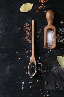 Variété de sel coloré