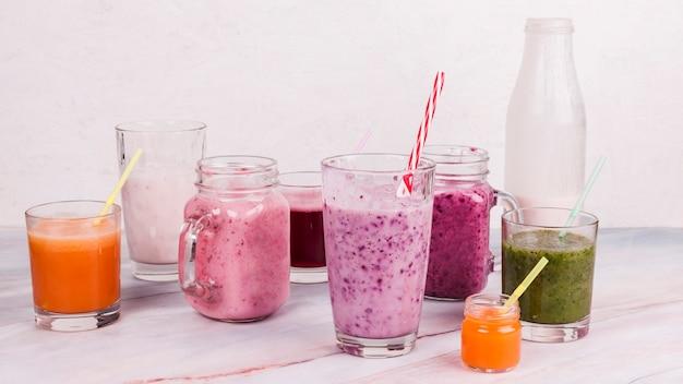 Variété de shakes de fruits