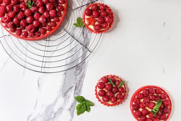 Variété de tartes aux framboises