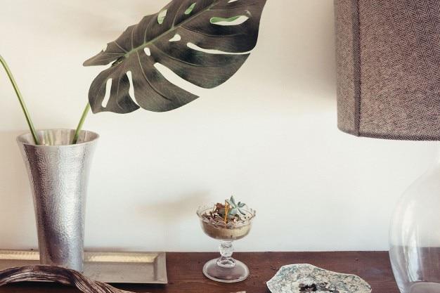 Vase métallique