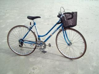 Vélo - dames à dix vitesses morrison