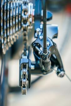 Vélo la roue dentée de vtt dérailleur