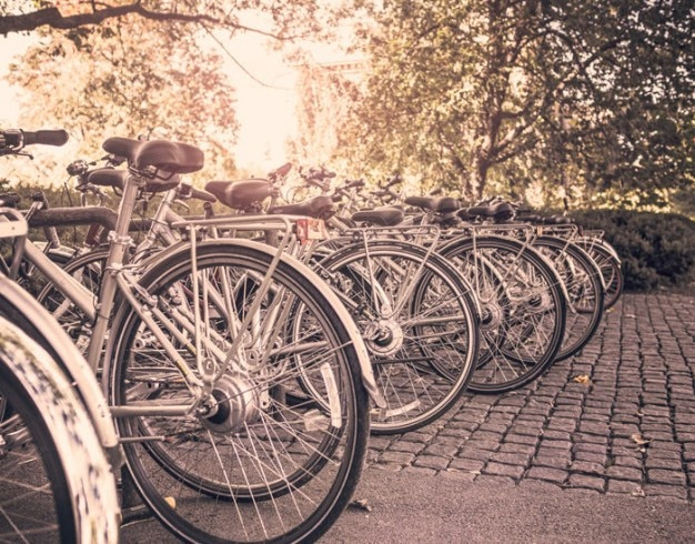 Vélos stationnés