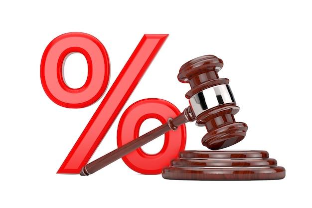 Vente aux enchères en bois gavel avec signe de pourcentage de vente rouge sur fond blanc. rendu 3d