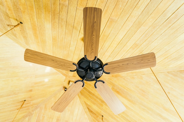Ventilateur de plafond décoration intérieure de la pièce