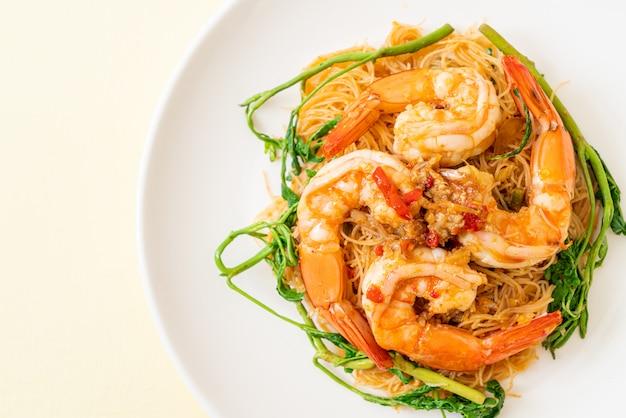 Vermicelles de riz sautés aux crevettes
