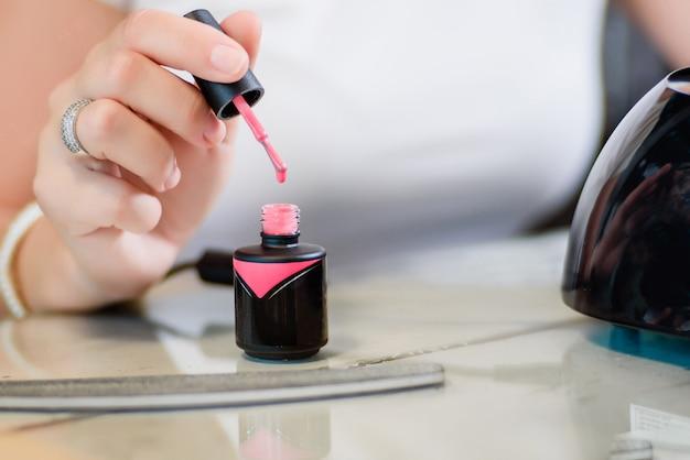 Vernis à ongles gel rose