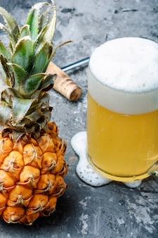 Verre à l'ananas