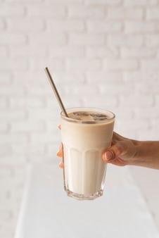 Verre au lait et chocolat