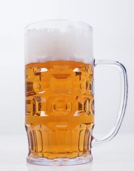 Verre à bière blonde