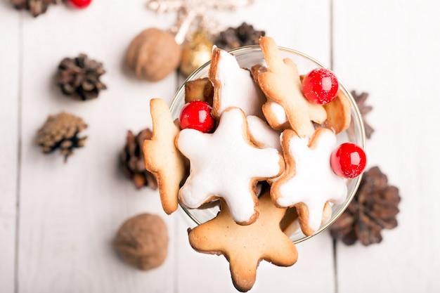 Verre de biscuits de noël