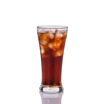 Verre de boisson gazeuse.