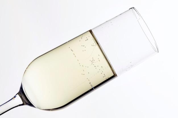 Verre de champagne gros plan