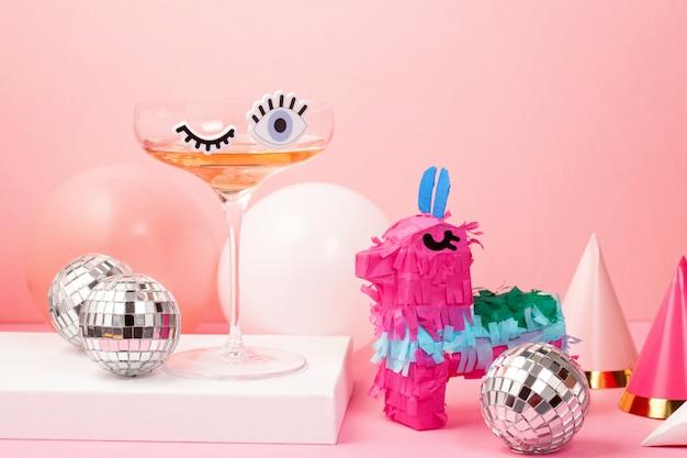 Verre à cocktail drôle mignon avec des yeux