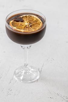 Verre de cocktail martini espresso chocolat orange