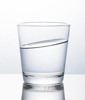 Verre d'eau macro shot
